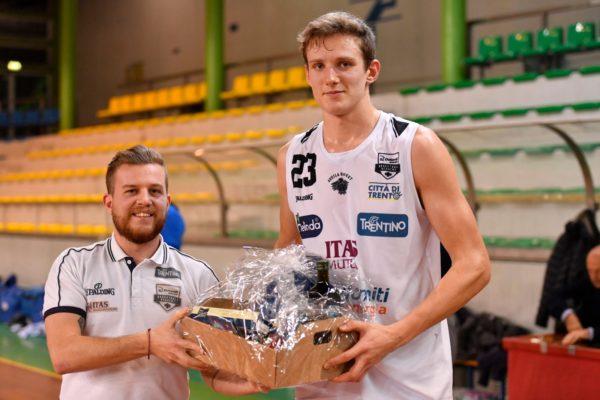 Aquila Basket Premio Max Ladurner