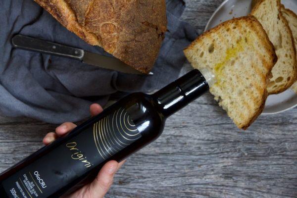 OlioCru origini olio pane