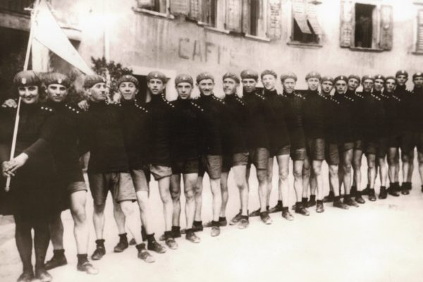 Foto storica Forti e Veloci DAO 2