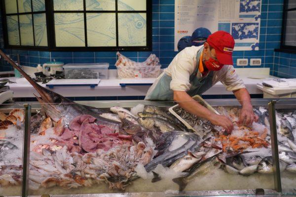 09 conad superstore peschiera - pescheria 2
