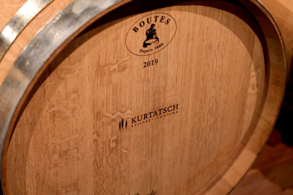 botte di vino Cantina di Cortaccia produttori locali DAO